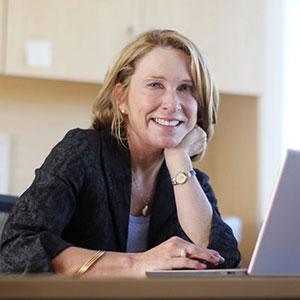 Dr. Wendy Wood